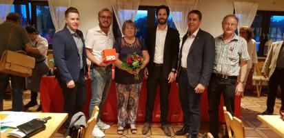 Ein Teil des SPD-Kreisvorstands: Max Lindner, Marcel Schneider, Maria Brunner, Sven Ehrhardt, Ben Schwarz, Wolfgang Schmid (v.l.n.r.)