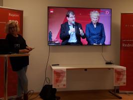 Ralf Stegner und Gesine Schwan werden vorgestellt.