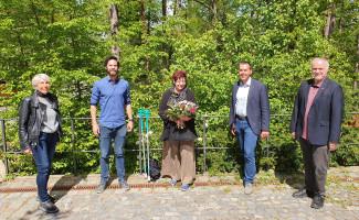 Dr. Hannedore Nowotny, Sven Ehrhardt, Christine Rodarius und Ben Schwarz (von links) bilden den Fraktionsvorstand der SPD-Kreistragsfraktion. Landrat Herbert Eckstein gratulierte.