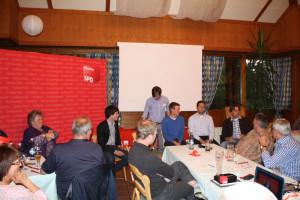 Diskussionsrunde, im Bild: Sven Ehrhardt, Moderator Philipp Schwarm, Alexander Haas, Andreas Buckreus und Ben Schwarz.